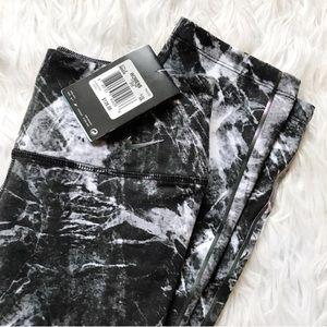 ✨NEW✨Nike marble leggings
